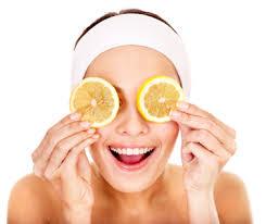 Visage avec citron